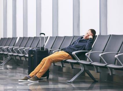 Dormir em aeroportos