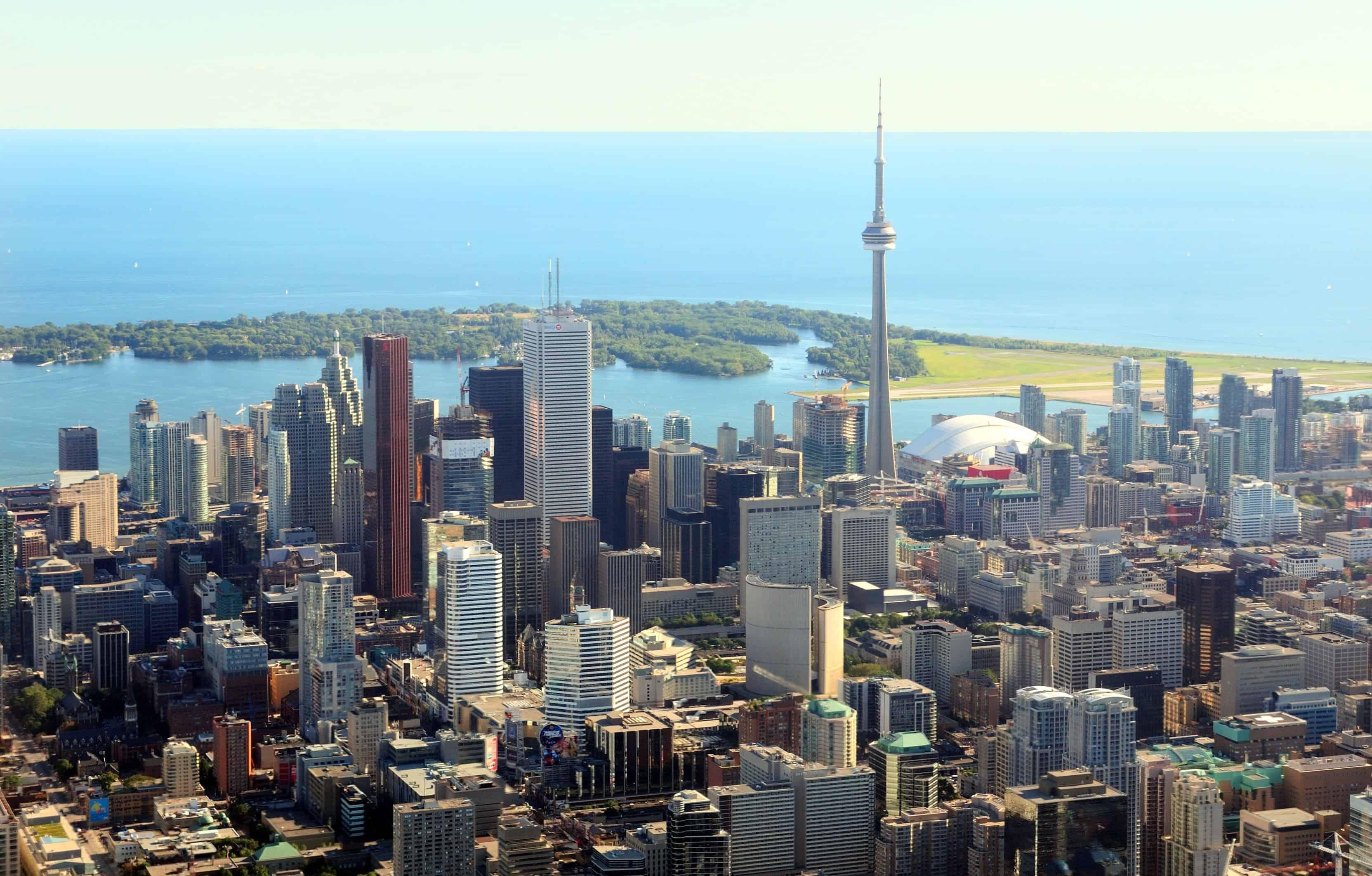 Como economizar na sua viagem para o Canadá