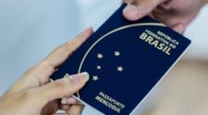 suspensão da emissão de passaportes