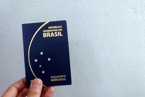 Emissão de passaporte vai usar biometria no atendimento na Polícia Federal