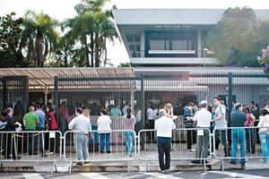 Consulado Americano suspende emissão de vistos
