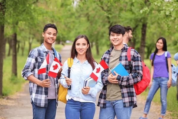 Como estudar no Canadá
