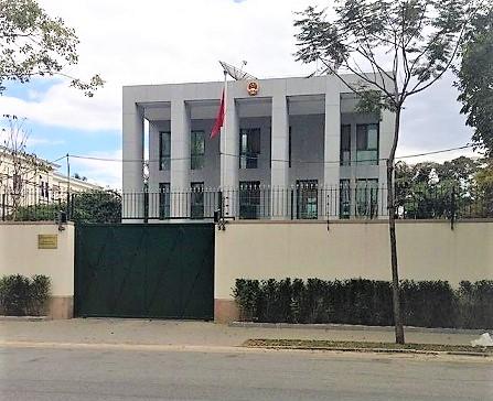 Atendimento no Consulado Chinês