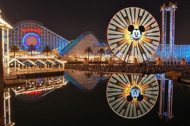 imagem Disney reabre na Califórnia